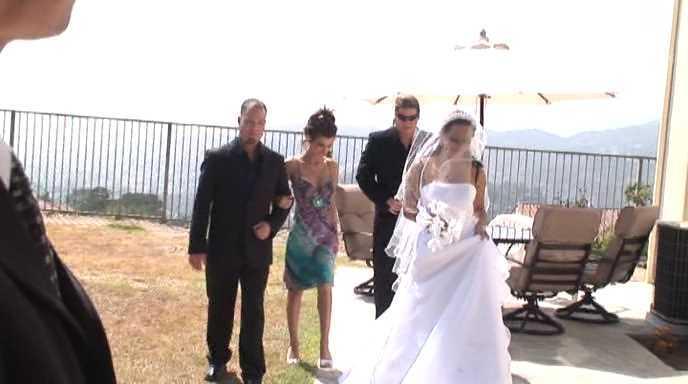 DP Angela Stone, Italia Christie, Sandra Romain - Wedding Bells Gang Bang.avi_snapshot_00.20.668.jpg