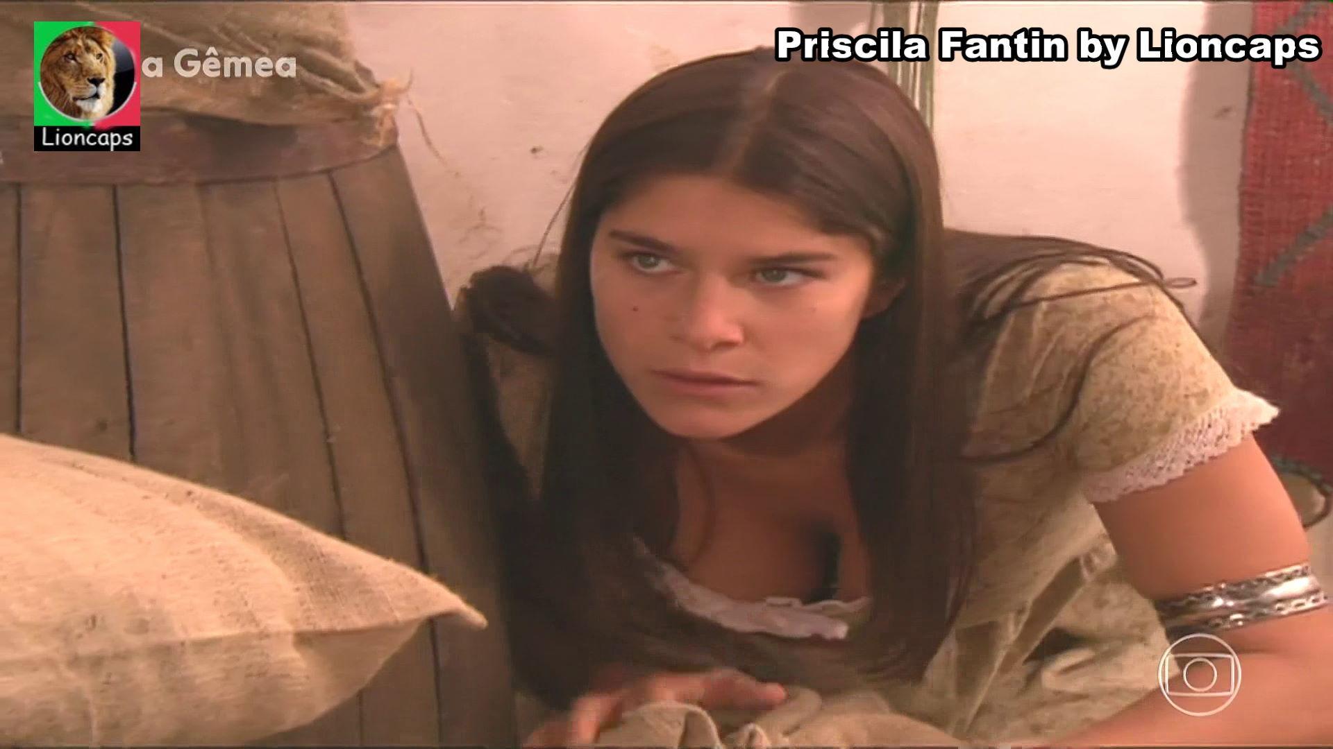 priscila_fantin_vs200427-035 (1).JPG