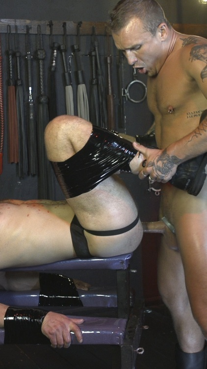 Isaac X Stuffs Riley Landon's Hot Meaty Pig Hole RAW!