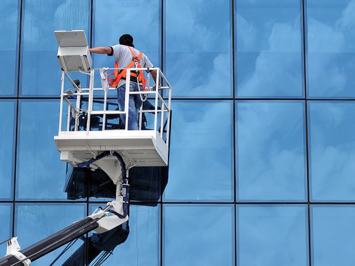 017signature window cleaning denver.jpg