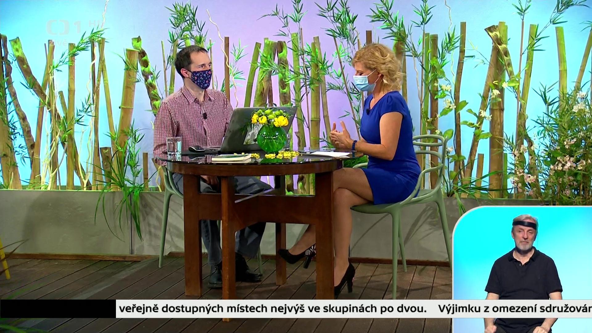 www.celebs4fan.cz-2020-05-02-16h57m50s560.jpg