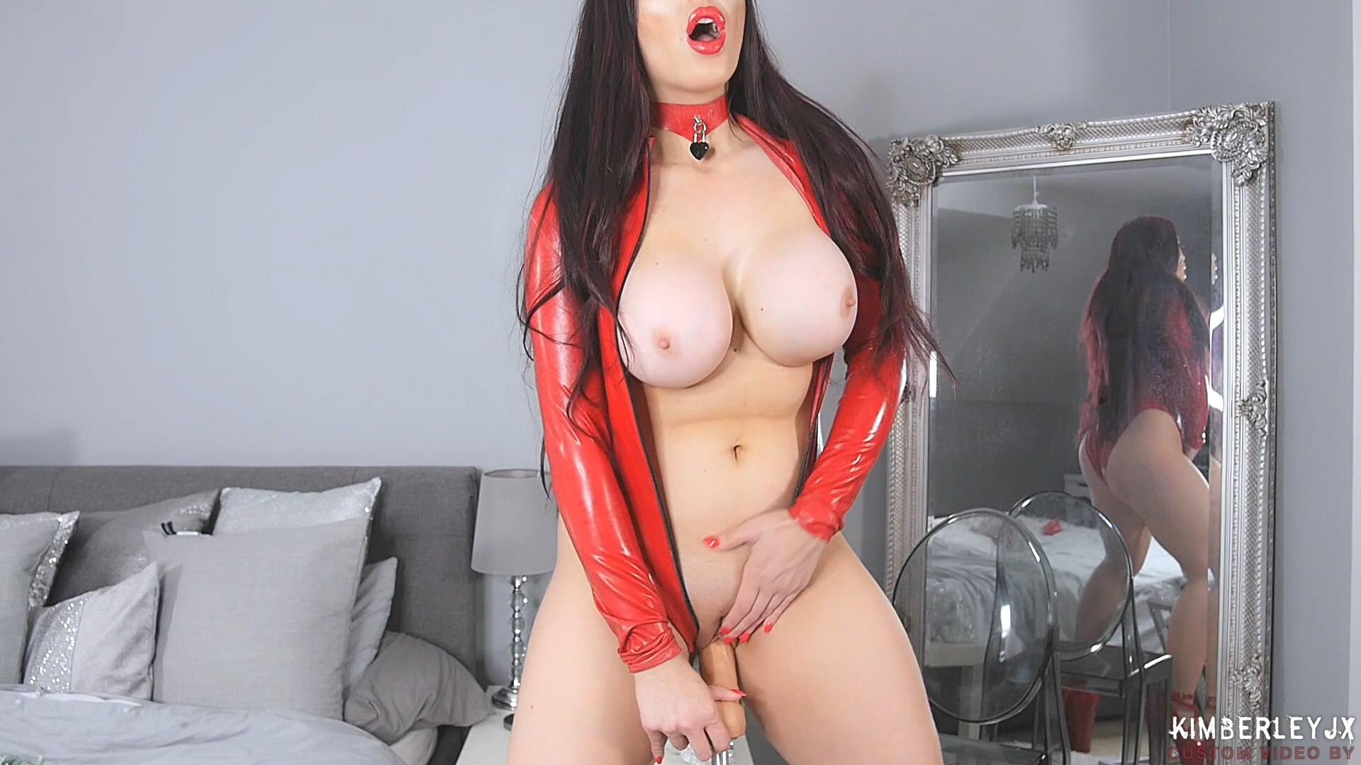 Red_Gloves_HD.mp4_20190330_212047.115.jpg