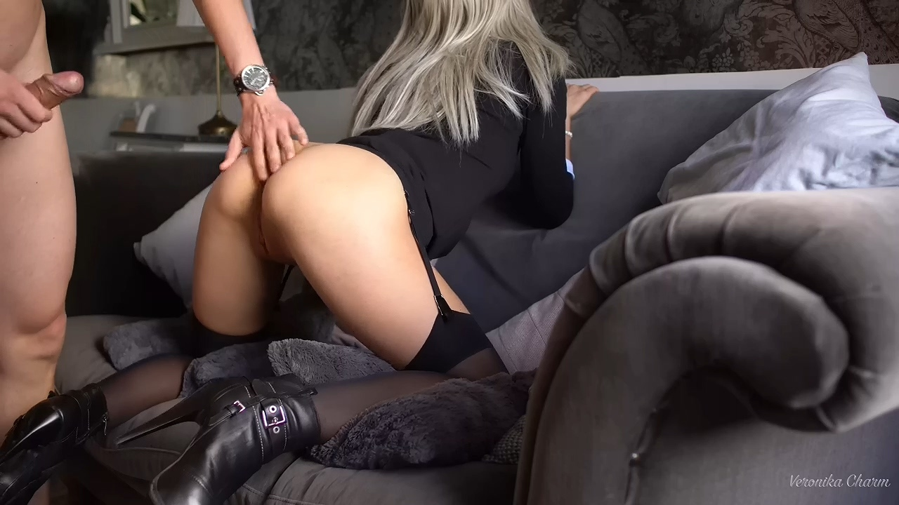 Sex_Sexy_Stockings_and_heels.mp4_20210203_201527.242.jpg