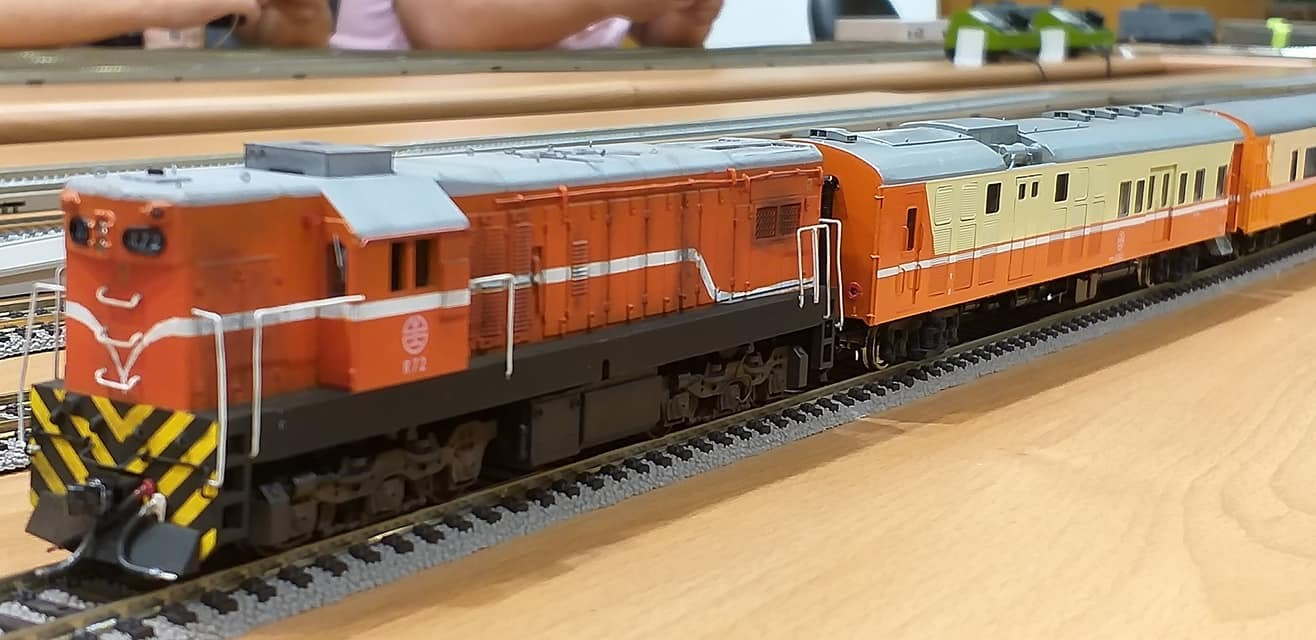 train (164).jpg
