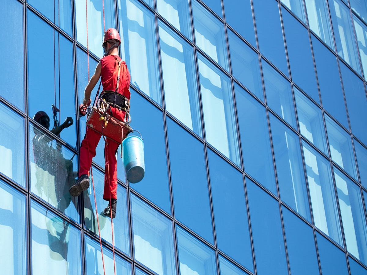 105signature window cleaning denver.jpg