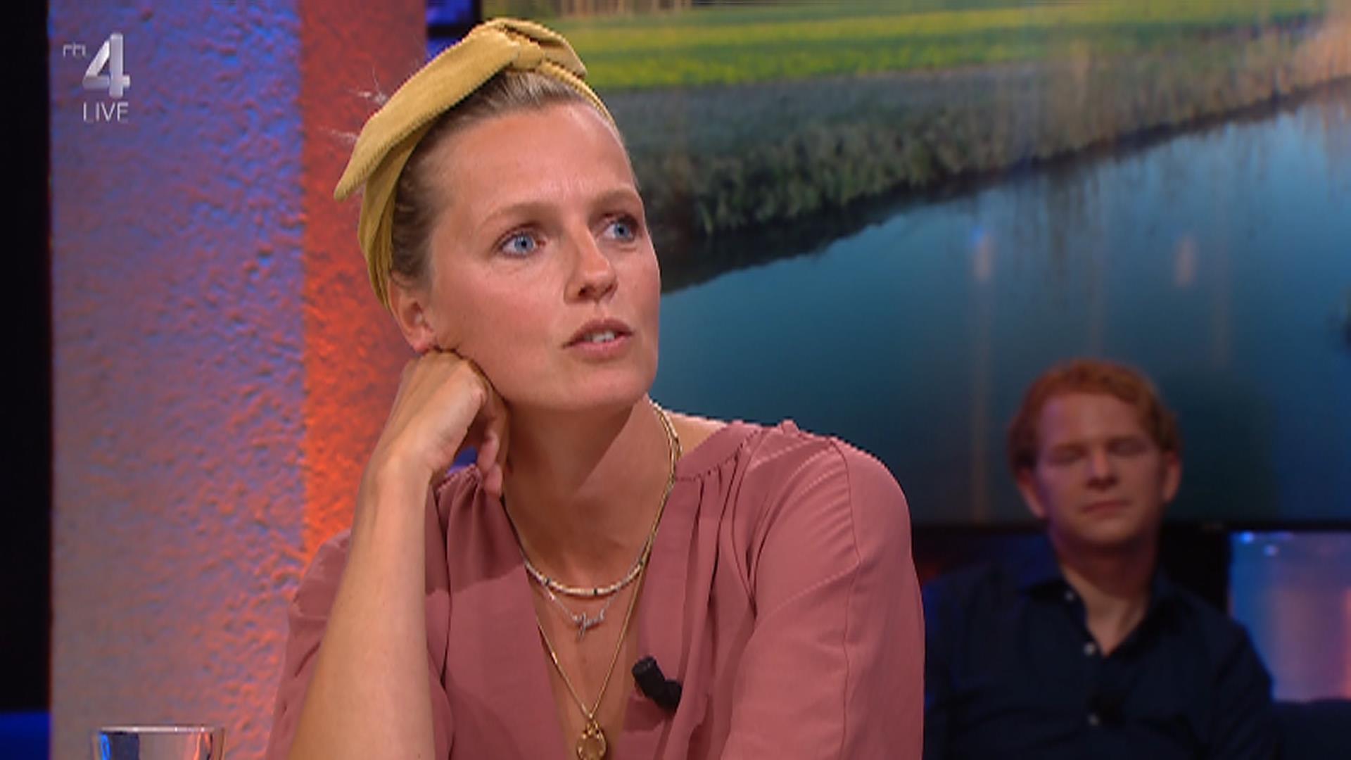 RTL4 HD 2020-05-26 22-52-19.jpg