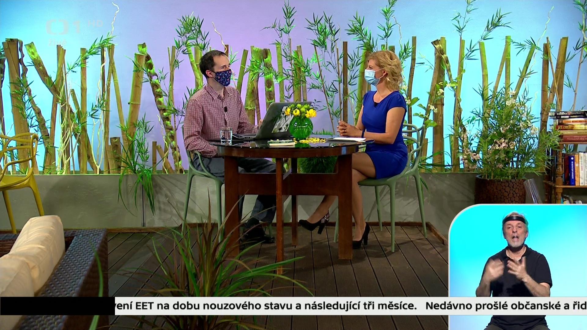 www.celebs4fan.cz-2020-05-02-16h57m28s847.jpg