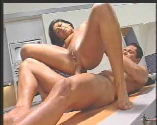 DP Jazmine - Porno Mundo 2.mpg_snapshot_28.40.122.jpg