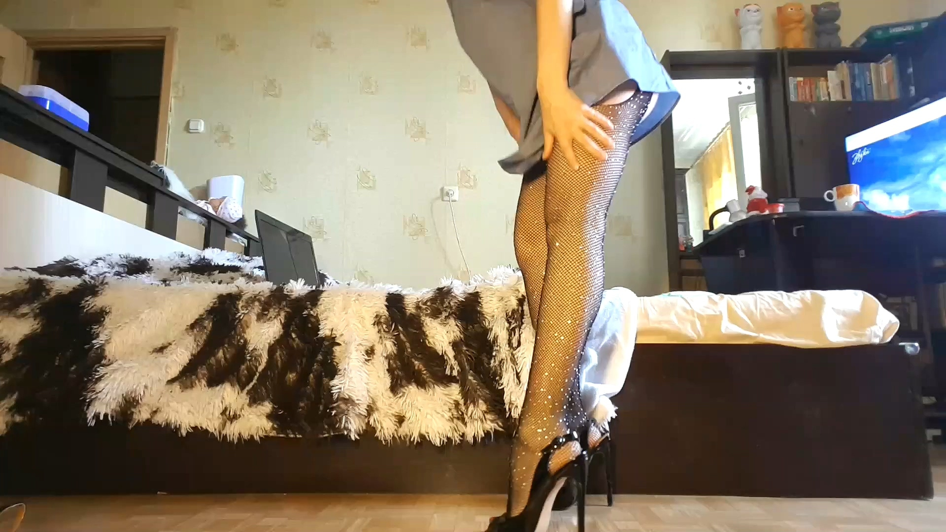 Footpantyhose2.mp4_20200810_093845.489.jpg