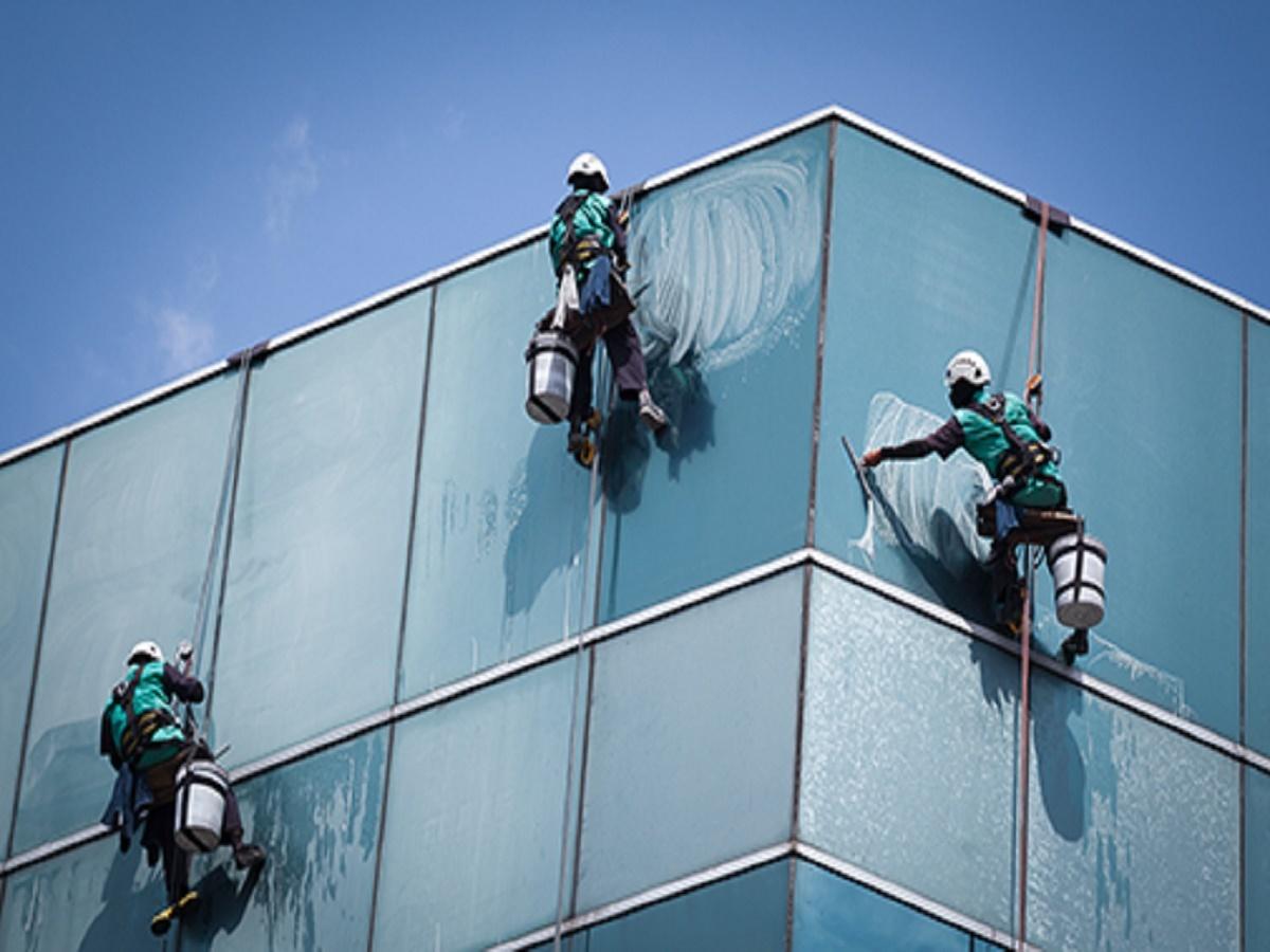 009signature window cleaning denver.jpg