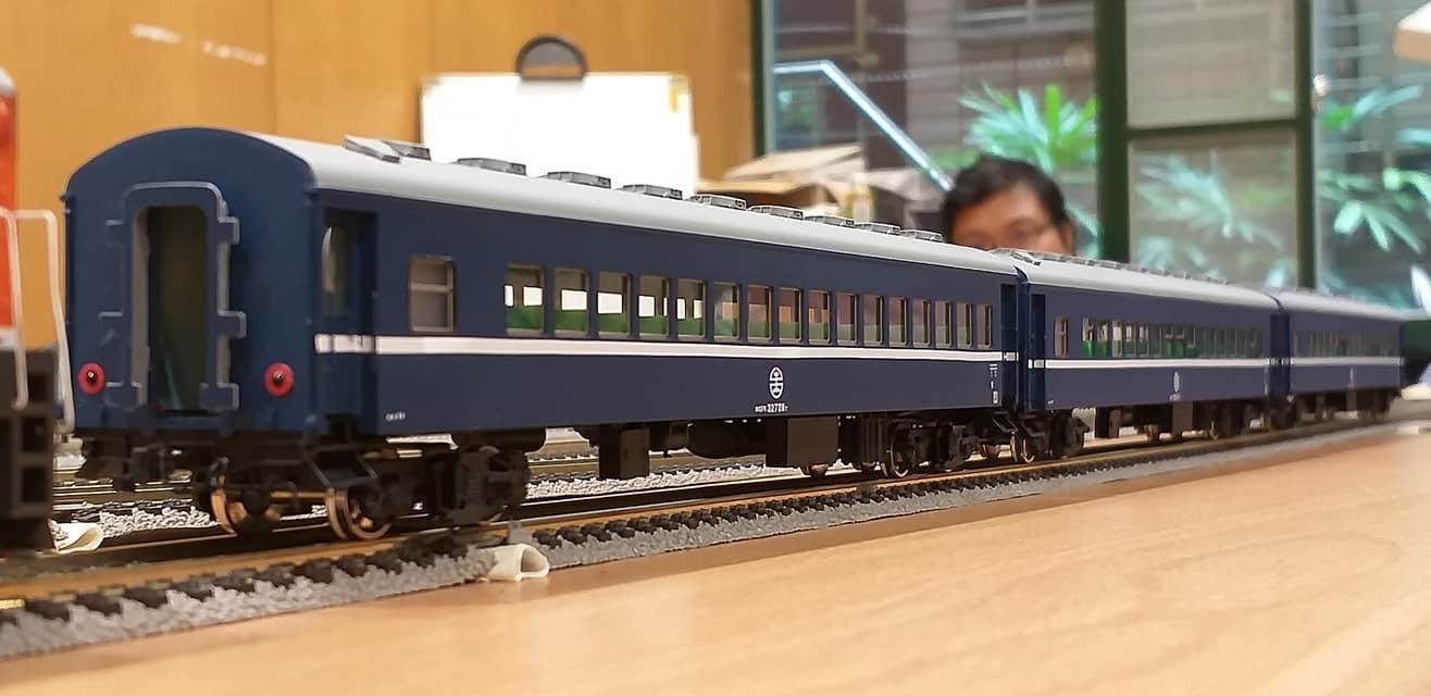 train (134).jpg