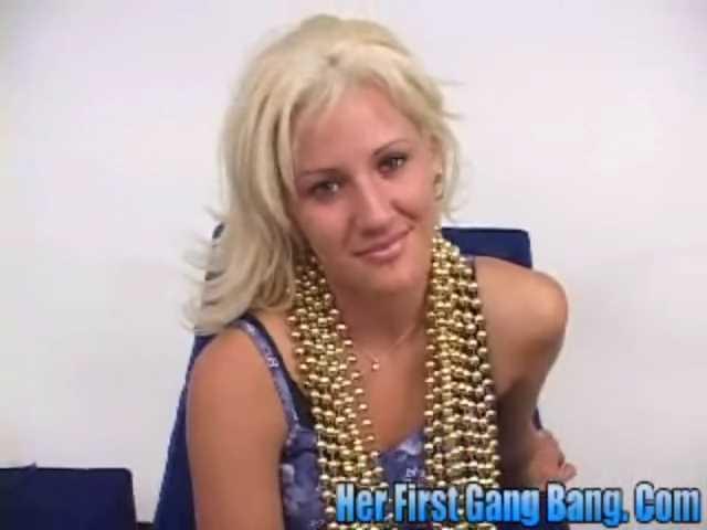 DP Vanessa Gold - Her First GangBang.mp4_snapshot_00.02.581.jpg