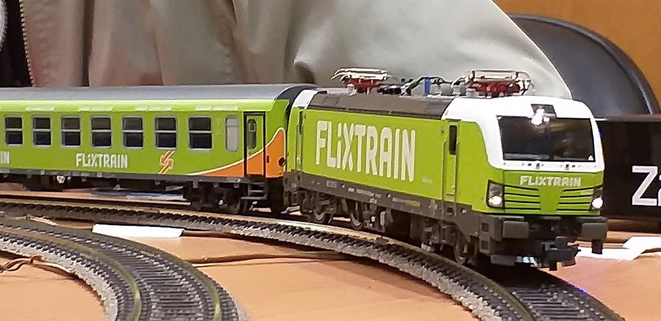train (192).jpg