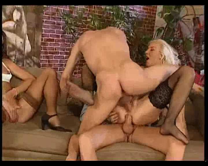 DP Charly Spark, Maud Kennedy - Sex Society.avi_snapshot_15.29.227.jpg