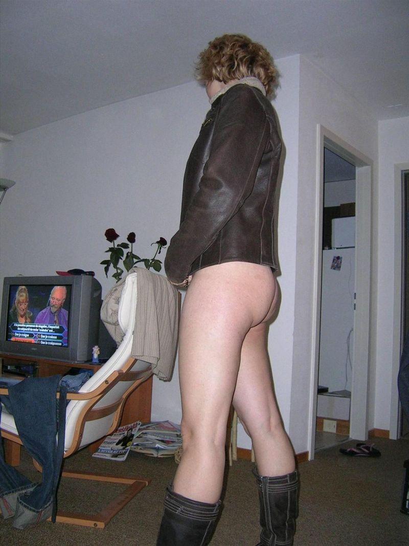 kobieta bez majtek
