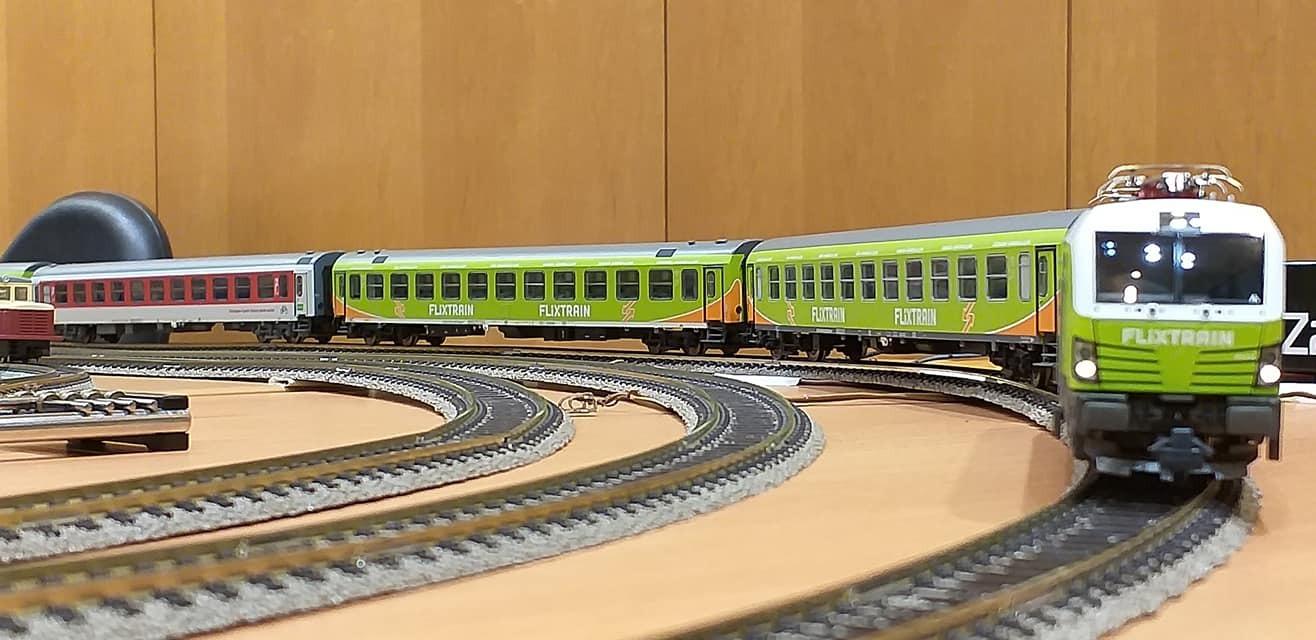 train (196).jpg