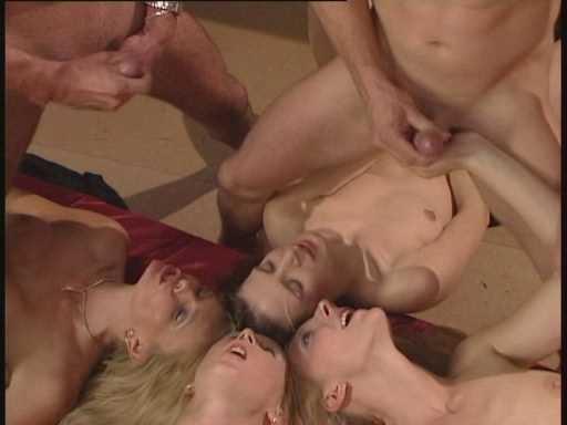 DP Gina Blonde, Nicoletta Blue, Red Sonja, Silli - Tresen Schlampen.avi_snapshot_19.35.720.jpg