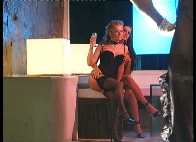 DP Claudia Ferrari, Dora Venter - Euro Sluts 4 Caos.avi_snapshot_00.21.073.jpg