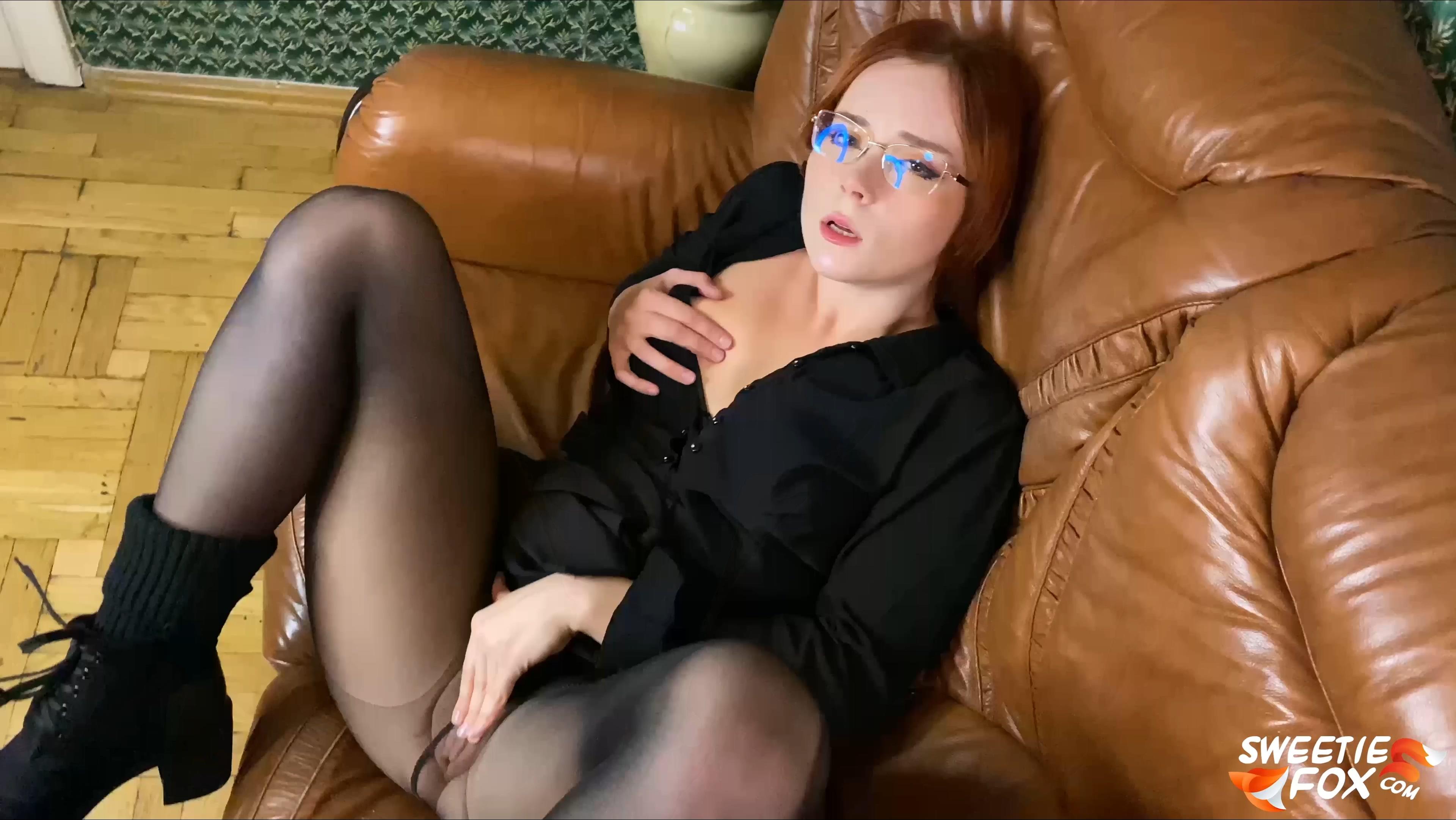 136 - Teacher Deepthroat Student Dick & Sex.mp4_20201221_140449.520.jpg