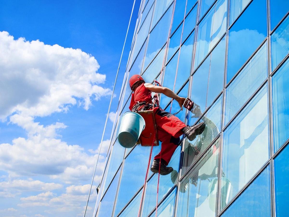 098signature window cleaning denver.jpg